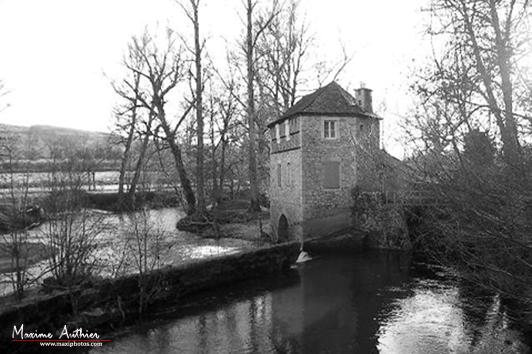 Moulin près de Montrozier